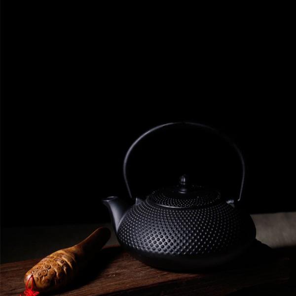 Метален чайник с цедка Vireo