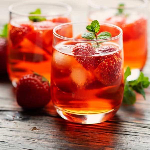 Студен плодов чай